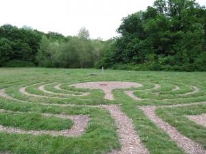 Wagnis - neuer Wege im Leipziger Labyrinth begehen